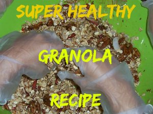 This granola recipe is a great summer snack for kids! posted at www.pintsizefarm.com